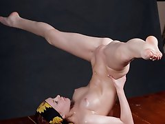 17 pictures - Extreme Nude Gymnastics